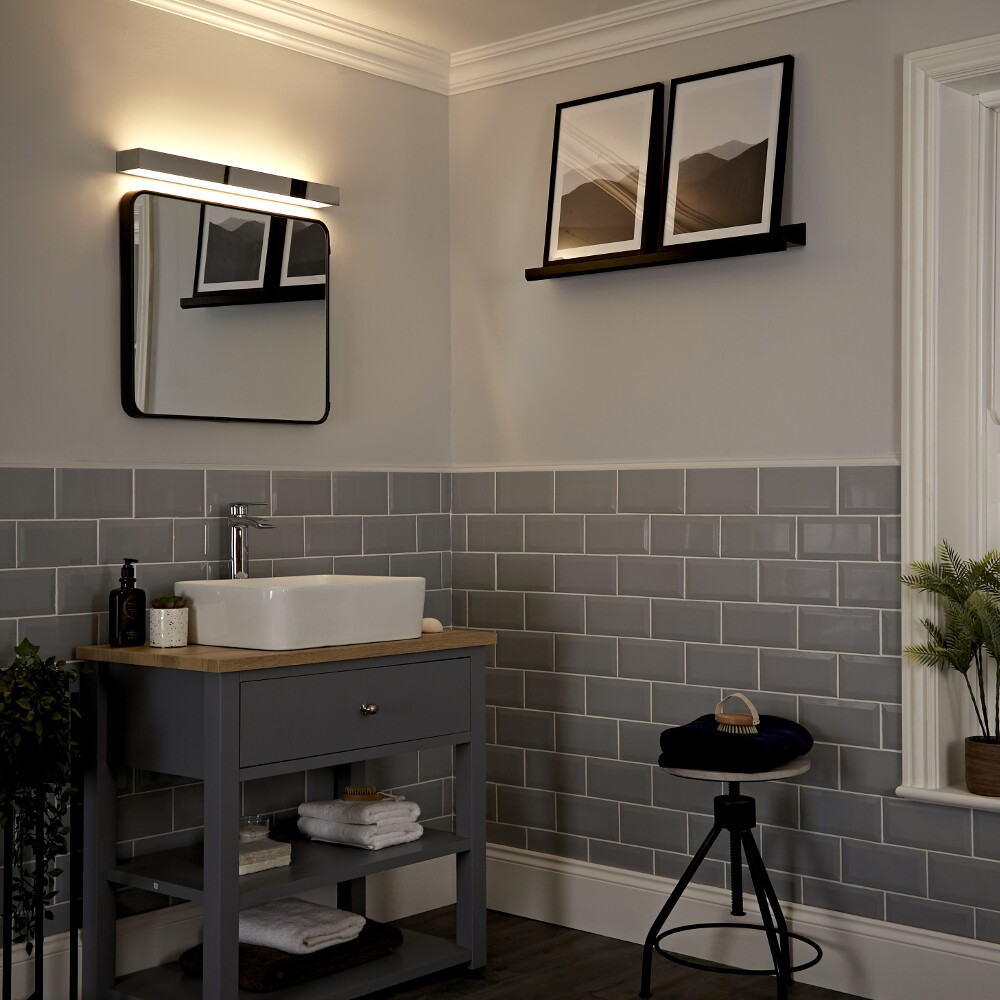 Applique salle de bain LED Bidirectionnelle 18W Onega 60x8cm